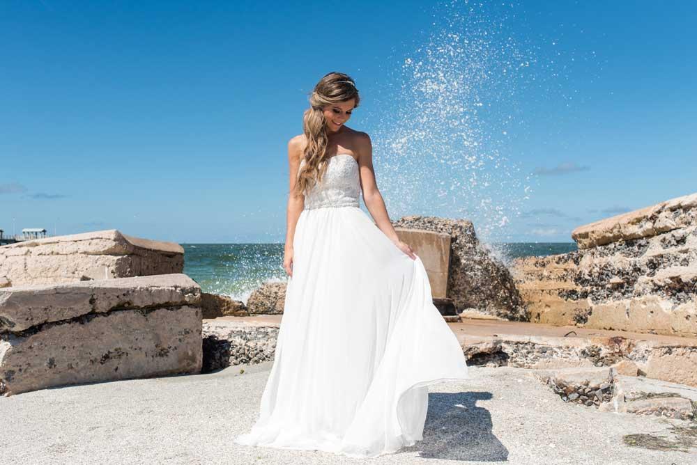 Florida wedding photographers Caroline and Evan Photography