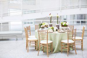 winter-wedding-reception-table-ideas